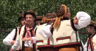Read more about the article Гуцулський Танець – Hutzul Dance